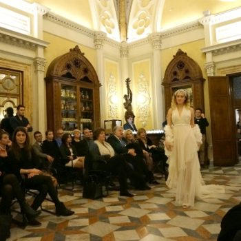 サンタマリアノベッラ薬局でファッションショー Sfilata alla Farmacia di Santa Maria Novella