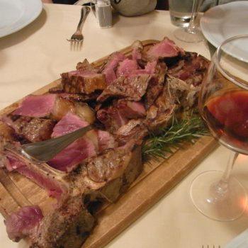 ドイツのメルケル首相がフィレンツェで食べたもの
