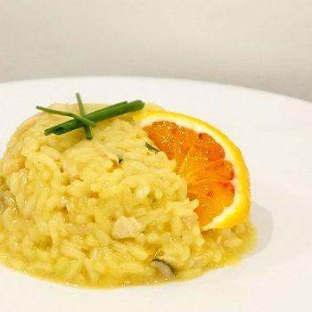 見た目にも鮮やかメカジキとオレンジのリゾット/Risotto al pesce spada e arance