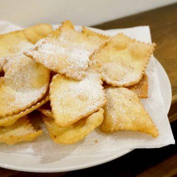サックサク!イタリアのカーニバルのお菓子CENCI (チェンチ)