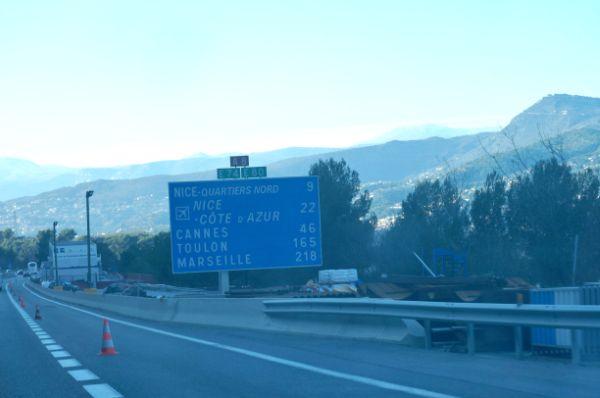 南フランスの各地名が出てきました。その中でもマルセイユはとっても遠い!フランス入りしてからまだ200キロ以上もありました。