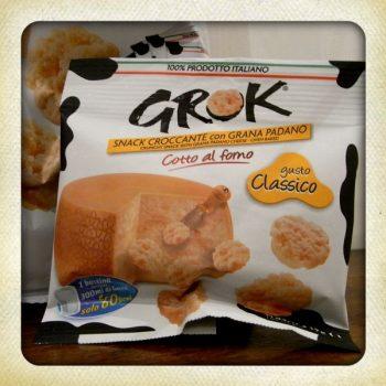 「チーザ」のような濃厚チーズスナックがイタリアにもあります。