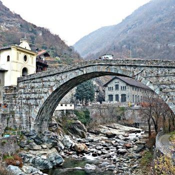 北イタリアの旅(1)カウントダウンディナーで耐久レース並の過酷さを経験