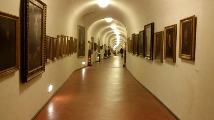 vasari-corridoio-1