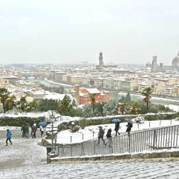 フィレンツェで積雪、観光名所が美しい雪景色