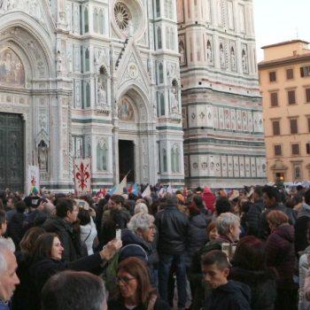 """イタリア旅行で""""変な人""""と思われないための「マスク」のマナー1"""