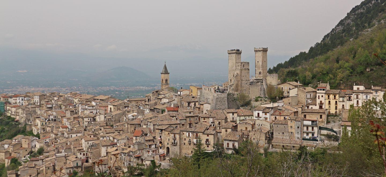 アブルッツォ、マドンナのルーツの町_top