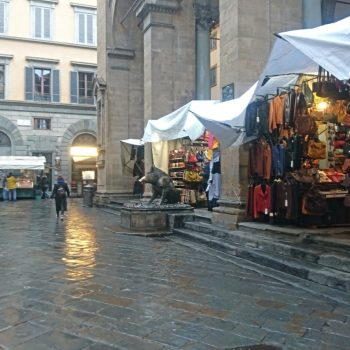 FMラジオ番組でイタリアの外出禁止中の生活についてフィレンツェ在住者として話しました